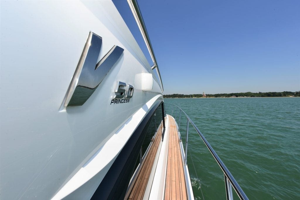 Princess V50 exterior hull